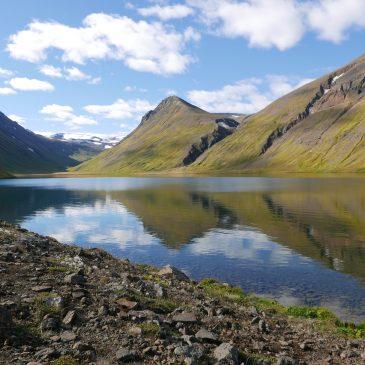 Audio-Slide-Show: Wanderung zum Hraunsvatn